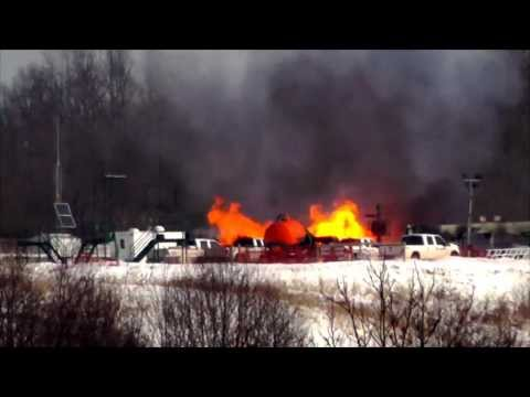 Natural gas well fire burns near Bobtown Pa. 2 11 14