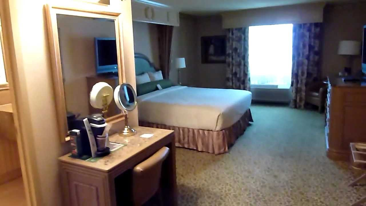 Lake Las Vegas Hotel Rooms