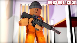 ESCAPING PRISON IN ROBLOX!!