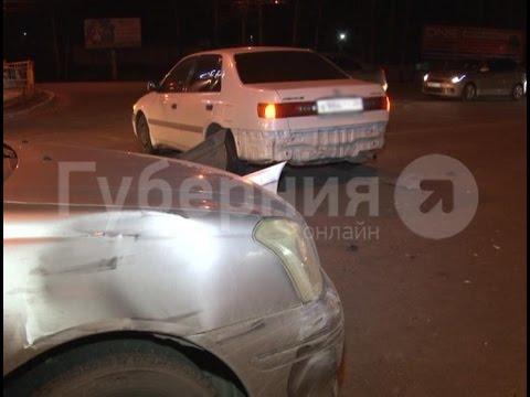 Неадекватный водитель разбил четыре иномарки в Кировском районе Хабаровска. MestoproTV