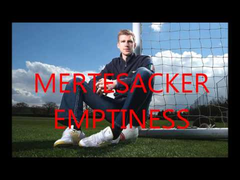 Mertesacker Emptiness video