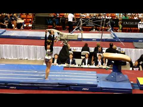 2011 US Classic - Jessie DeZiel - Vault