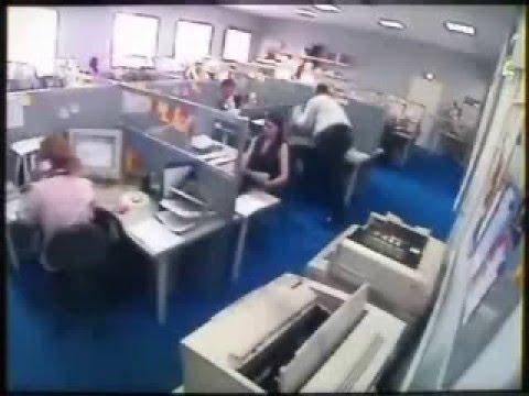 stress de oficina  (camaras escondidas)