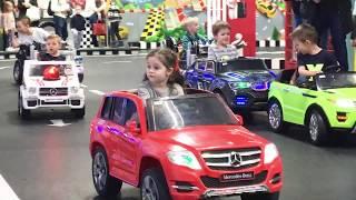Лера за рулем! Детский тест-драйв! Смешное видео!