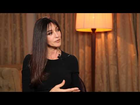 Interview de Monica Bellucci - Des Gens qui s'embrassent