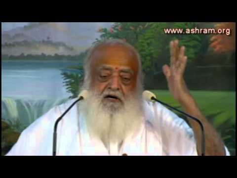 Sant Shri Asaram ji Bapu Satsang 2013 - 24th April ( Evening Session ) - Vapi (Gujrat)