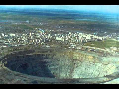 el agujero mas grande del mundo CHUQUICAMATA