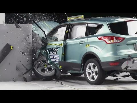 CRASH TEST 2013 Ford Escape