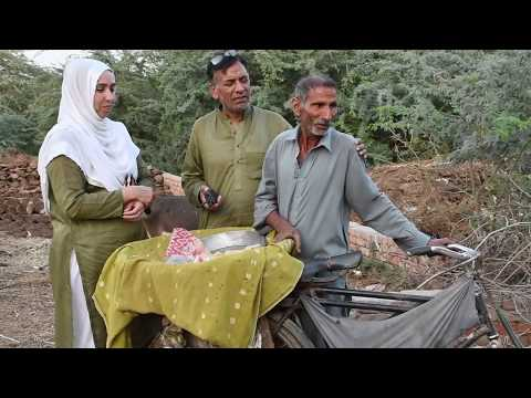 An old man travels long distance & sells chana chaat to feed his family