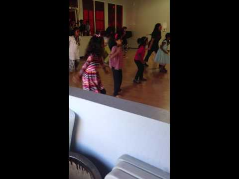 Kids Bollywood Sequence (bole chudiyan & Radha)