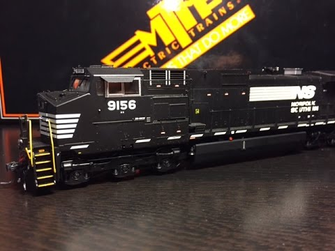MTH HO C40-9W Norfolk Southern Review