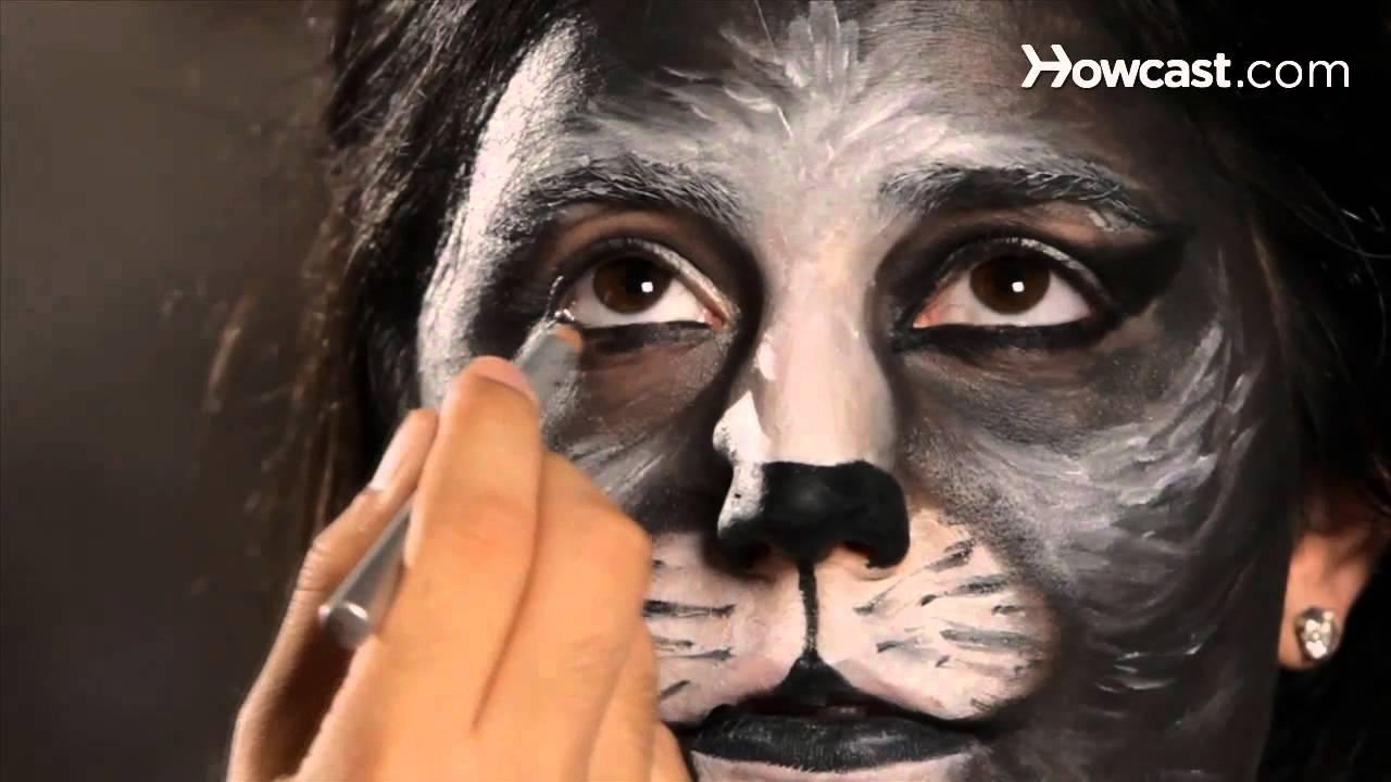 How to Do Cat Eye Makeup Halloween Makeup  YouTube - How To Do Halloween Makeup At Home