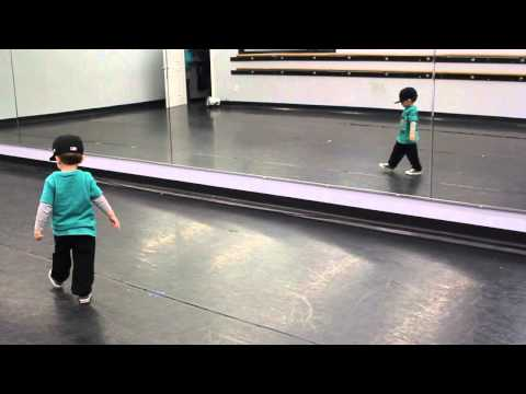 2 Year Old Hitting Hip Hip Hop Choreography