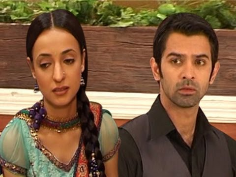 Arnav & Khushi's Suhaagraat in Iss Pyaar Ko Kya Naam Doon 24th february 2012