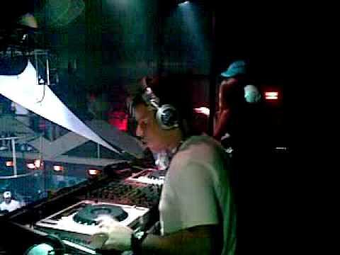 DJ ROBSON MOUSE E DJ VITOR SANTOS AGITANDO JUNTOS NA DANGER CLUB SP