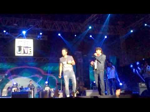 Atif Aslam  & Mohit Chauhan Together In #asli Rockstars Gurgaon 22 Feb 2015 Leisure Valley Ground video