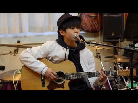 Download Lagu セパトゥ〜くつ〜 (Sepatu ~ Kutsu ~) -TULUS (cover)EIKU MP3 Free