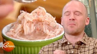 "Watch Sean Evans, The Host of YouTube Series ""Hot Ones,"" Try Some CRAZY Foods — Including Silkworms!"