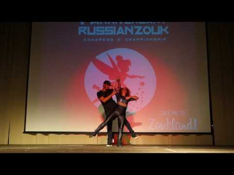 00080 RZCC2016 Monica and Diego in Samba performance 1 ~ video by Zouk Soul