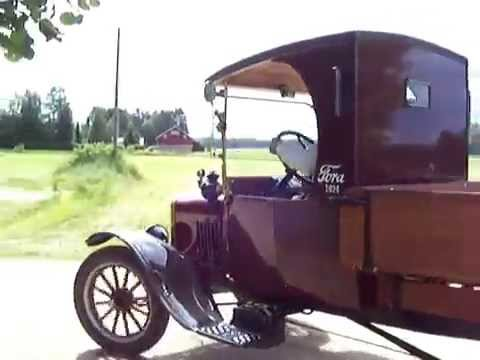 APPLE IPHONE,IPAD,IWATCH,ANDROID PHONE,WINDOWS PHONE FORD 1924 TRUCK DRIVEN IN SUMMER FESTIVALE