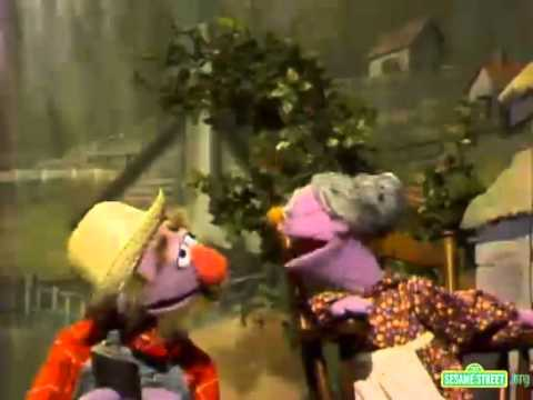 Sesame Street - A Hole In The Bucket