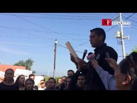 Estudiantes de Colima demandan ante la PGR que aparezcan normalistas de Iguala