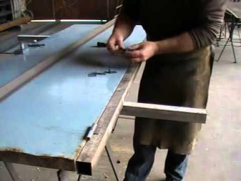 Soldar pernios restauraci n puerta 60 youtube for Como hacer una puerta de metal