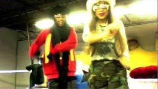 "download lagu Stevie Boi & Skyhighcle Exclusive ""pow"" Swag Cooking Dance gratis"