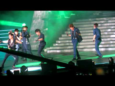 [fancam] 120623 Infinite - Before The Dawn + Paradise  Music Bank In Hk By Ssk video