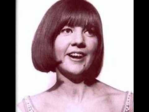 Cilla Black - Something Tells Me (Something