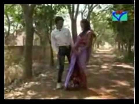 Puruliya Hot Song With Sexy Bhabi দেখা হোলো মেলা তলে মূচূক মূছূক হাসি Full Song -2014 video