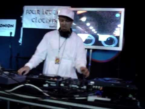 DJ Shadow - The Number Song, Organ Donor [live @ Amoeba, SF  09.21.06, at 1:43pm - 3/4]