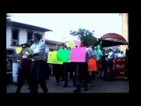 Manifestación del STRM en Valle de Bravo