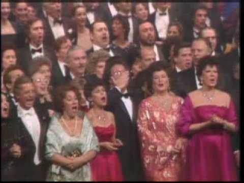How many singers can you identify???