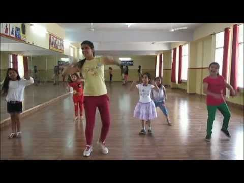 Baby Doll Mai Sone Di Dance Steps For Kids By Rockstar Academy Chandigarh India video