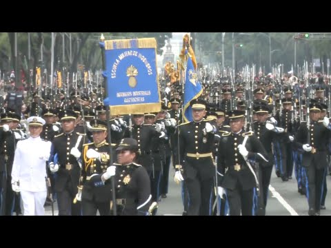 Mexico Celebrates Independence Day with Military Parade