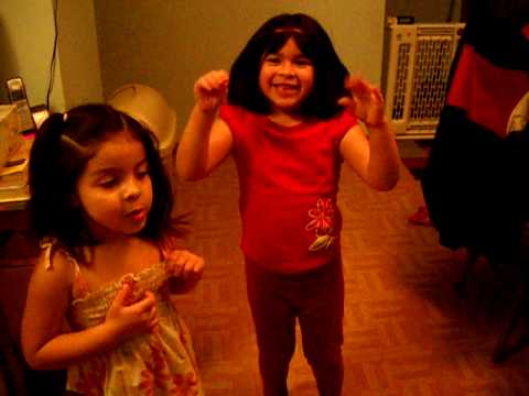 Crazy Kids (arianna & Naomi) head, Shoulders, Knees And Toes   Chicken Dance video