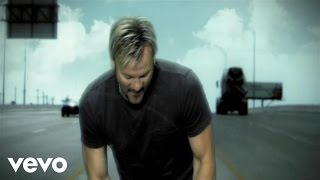 Watch Phil Vassar This Is My Life video