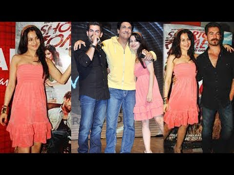 Ameesha Patel in Beautiful Pink Dress At Shaimak Summer Funk Show With Film Star cast Shortcut Romeo
