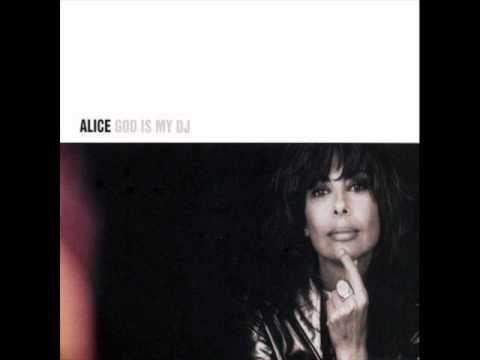Alice - Istenem, Istenem