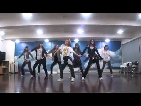   MR_ TAXI SNSD SM practice room GIRLS' GENERATION