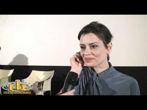 CLAUDIA PANDOLFI – intervista (Figli delle stelle) – WWW.RBCASTING.COM