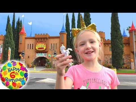 THANKSGIVING 2017 ! Elsa and Anna toddlers visit Rapunzel - Dinner -Turkey - Party - Food - Pumpkins