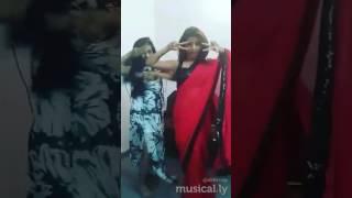 Bollywood dance performance lipstick laga ke loot liya