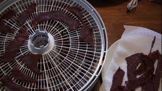 Making Beef Jerky With a Nesco Dehydrator (FD-75PR)