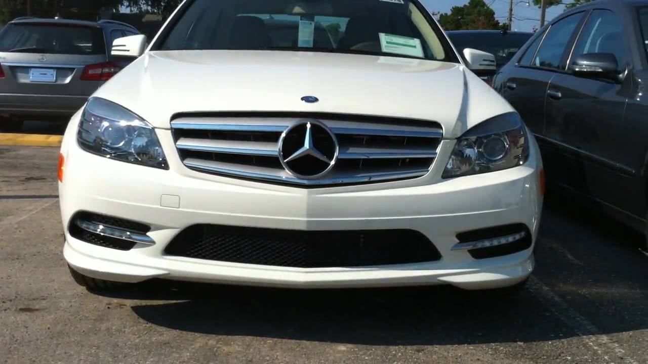 2011 mercedes benz c300 sport youtube for Mercedes benz c300 4matic 2011
