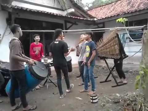 [KANGGO RIKO] Musik Angklung Terbaru-Jangan Lupa Langganan!!!