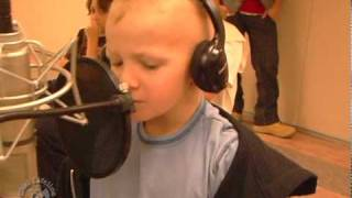 Kids Battling Cancer Sing Wavin' Flags at Camp Simcha to Generate Childhood Cancer Awareness