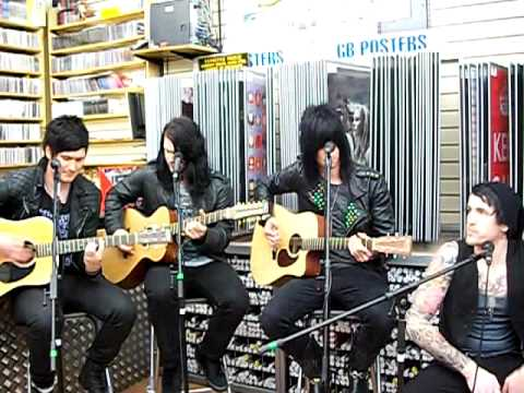 glamour of the kill acoustic - feeling alive