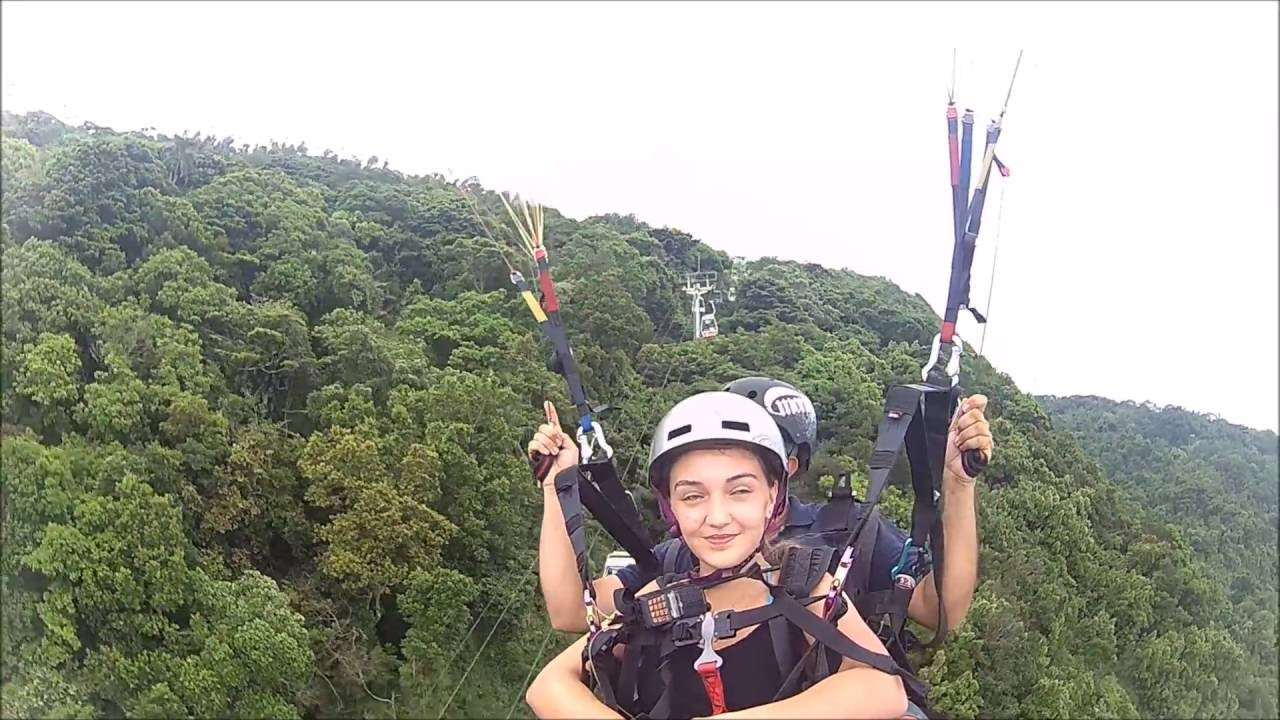 [Júlia Voando de Parapente] Video